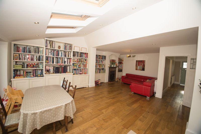 Art Deco bookshelves St Albans (1)