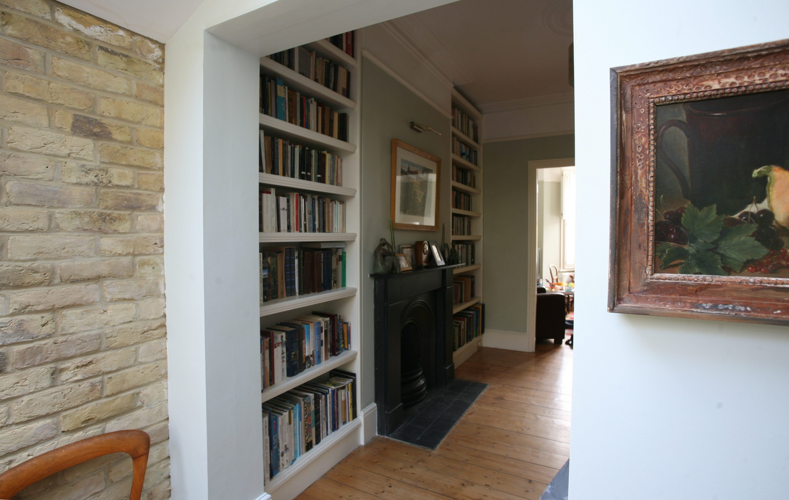 Bookcase Stoke Newington (1)