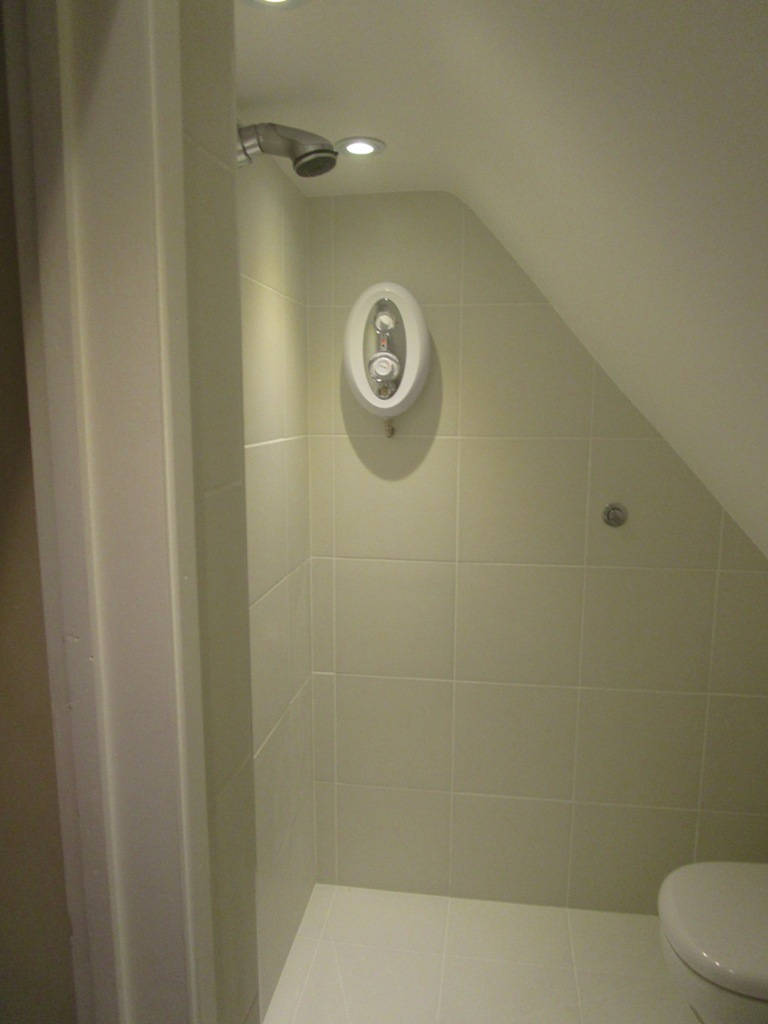 Very small wetroom (1)