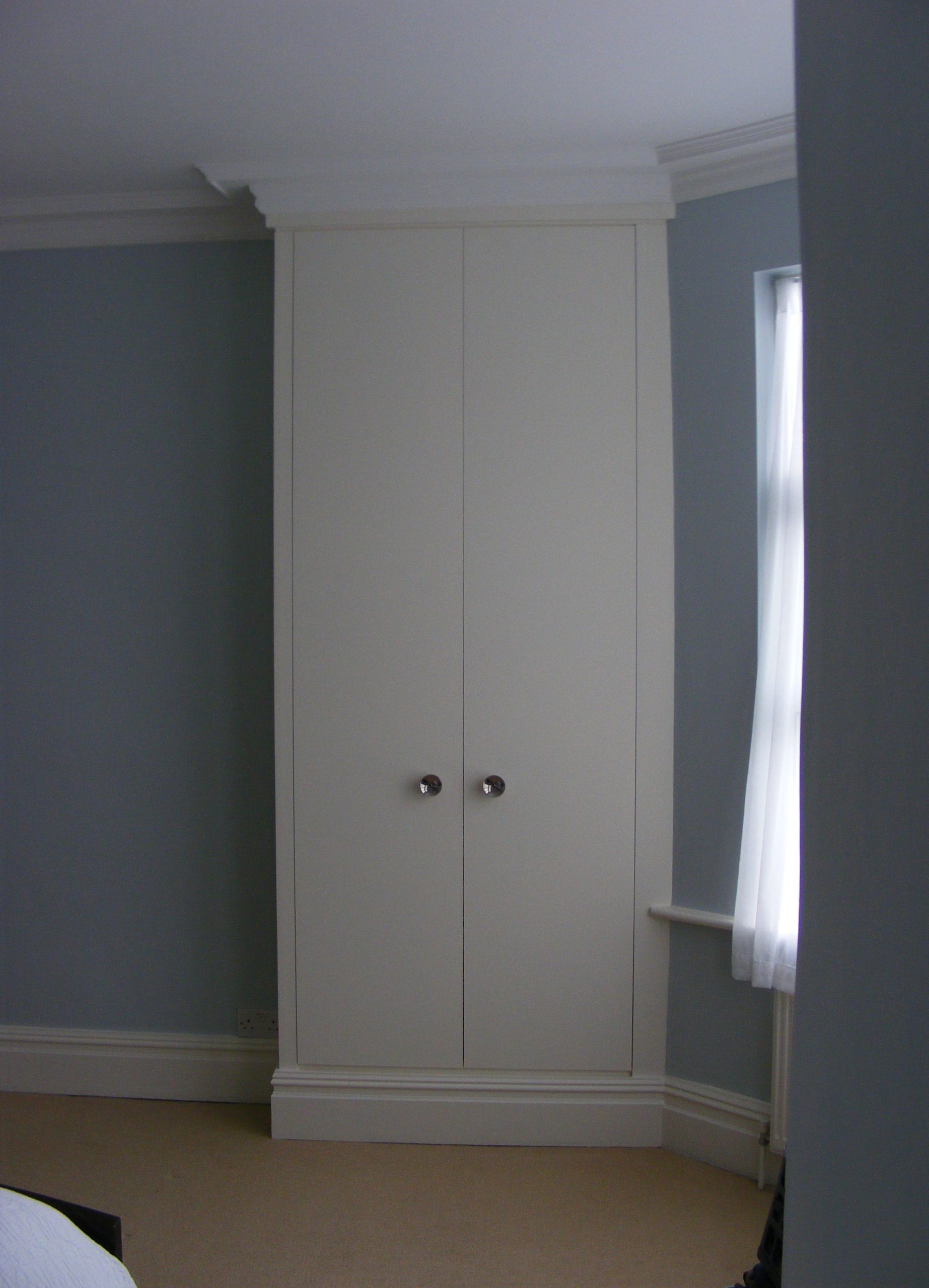 Wardrobe Kensal Green (2)